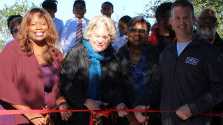 Mission West Elementary hosts dedication ceremony for new SPARK Park (11/15/2018)