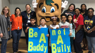 Palmer Elementary students join H-E-B Buddy League in stand against bullying (10/31/2019)