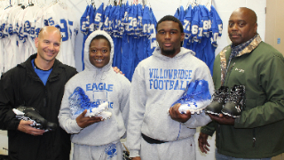 Willowridge Wall of Honor raises more than $10,000 to support athletic program at Willowridge High School (11/15/2019)
